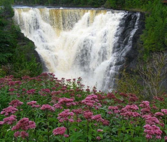 4.1251416226.kakakbeka-falls